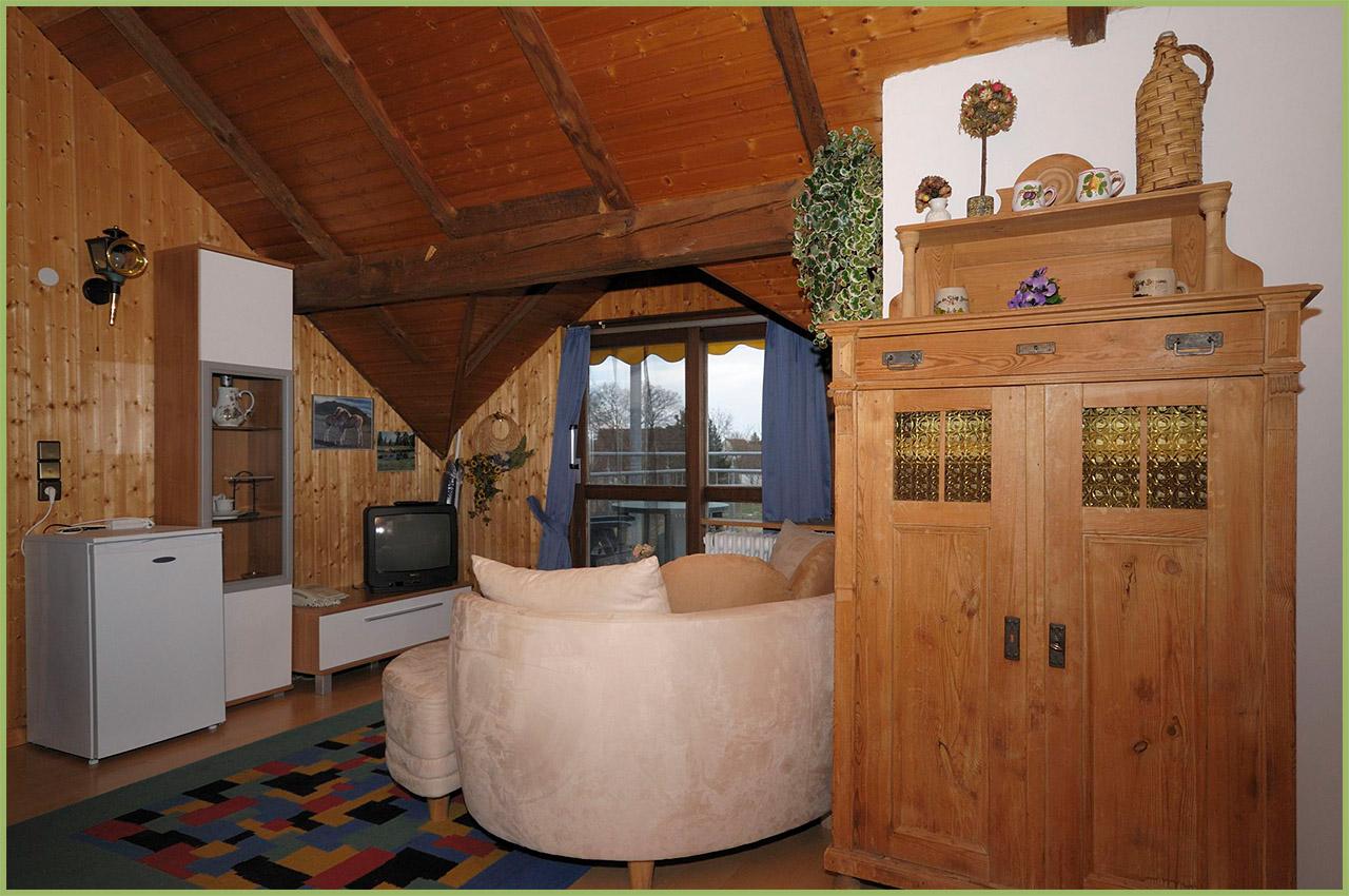 Ansicht Haus 2 Dachgeschoss Ferienwohnung 7 Nr. 3